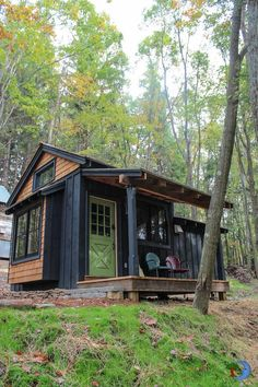 My dream house! Simple Living in Tiny Cabin with Bedroom & Porch