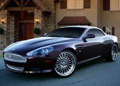 Aston Martin-DB9