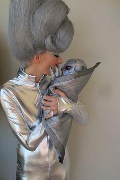 Awesome Halloween costume!...Kelly Wearstler dressed as alien mommy