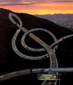 Soprano-Keyed Freeway at Hollywood Bowl by Clínica do Deficiente Musical #Illustration #LA #Freeway #Hooywood_Bowl