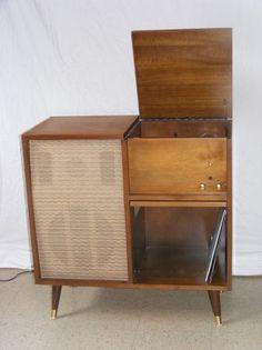 retro record player cabinet $120
