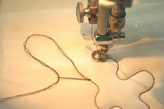 crazy mom quilts: how to bury knots when machine quilting