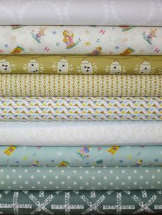 Fabricworm Custom Bundle, Golden Slumbers in FAT QUARTERS 9 Total