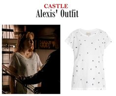 "On the blog: Alexis Castle's (Molly Quinn) star print tee | Castle 704 - ""Child's Play"" #outfits #fashion #tvstyle #tvfashion"