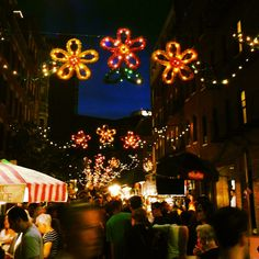 St. Anthony's Feast in the North End #boston #travel #feast #lights #festival