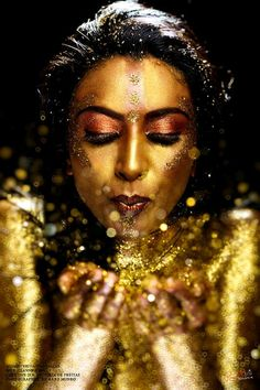 Gold glitter photo shoot