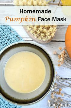 This looks amazing and super easy! I'm going to try this soon! Homemade Pumpkin Face Mask | The Happy Housewife