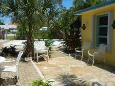 Front courtyard of our vacation cottage in Delray Beach, FL