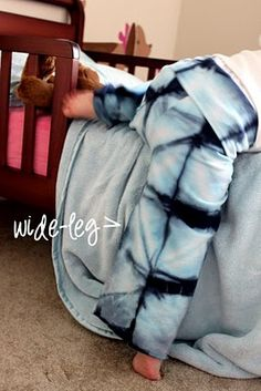 DIY Baby / Toddler Yoga Pants. If I ever have a girl she needs these to match mama.