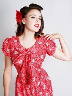 gotta love it! Vintage style RED rockabilly 50's  mad men floral by piyuspret