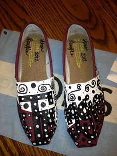 Texas A Toms by:  Karen Laughlin
