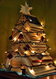 holiday, xmas trees, books, christmas tree ideas, christma tree, navidad, book tree, librari, christmas trees