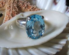 Blue Topaz Ring Natural Topaz Sterling Silver 10 Carats SZ9. For more beautiful jewelry visit the Gypsy Posse boards.  To purchase or for more information double click on the picture.