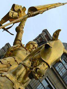 Statue of Jean d'Arc- Rue de Rivoli