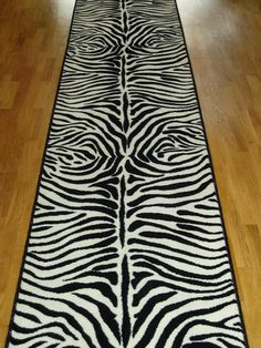Forget the red carpet. I'm walking down a ZEBRA carpet!