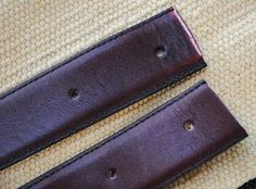 zakka life: How to Make a Shoulder Strap out of a Belt. Great tutorial for replacing a broken purse strap.