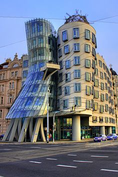 Gehry!