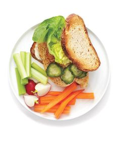 Spicy Chicken and Ranch Sandwich With Crudites recipe