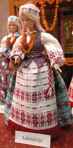 Doll wearing costume of Aukštaitija region, Lithuania