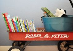 Cute idea to hold books in a kids bedroom :)