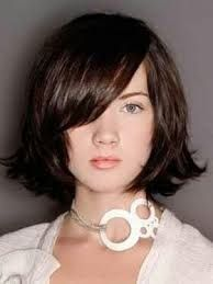 Can you wear this flipped-out medium length hairstyle? Frances DuBose tells us all the how-to's!
