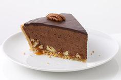COOL WHIP Chocolate-Glazed Turtle Pie