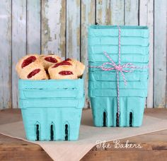 Berry Baskets Farmer's Market Berry Baskets! Perfect for baked goods, party favors, small gift baskets or even berries from your own back yard! #bakerspartyshop #thebakersconfections #berrybaskets #berrybasketfavors #strawberryparty