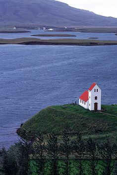 Lone Church-Lake Úlfljótur - Iceland