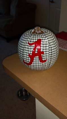 Now THAT is a happy Halloween!  Roll Tide!!