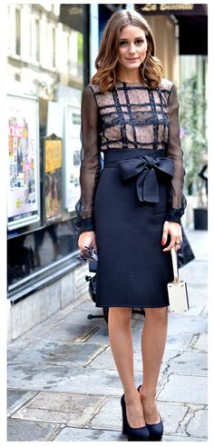 Pencil skirt - love the bow!