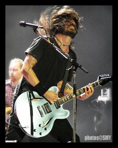 I love Dave Grohl!!