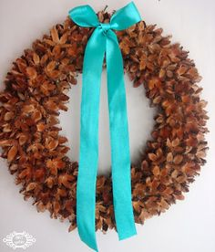 ystinowo: wianki z bukwi....= a wreath of fruit beech