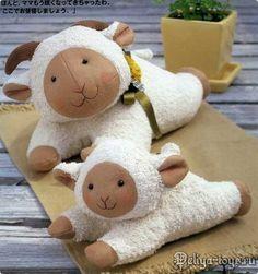 Animales Patrón.  Cosa ganado.  Patrón de cordero.  Cómo coser una oveja.  Patrones de ovejas y corderos. babi towel, craft, manualidad, doll, pattern, sew toy, artesanato dona, towels, sewing tutorials