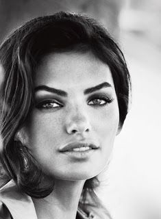 alyssa miller- thick eyebrows
