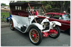 1912 Reo Touring Car.