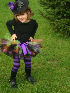 Witch Costume - this would be easy to make for both my girls next year!