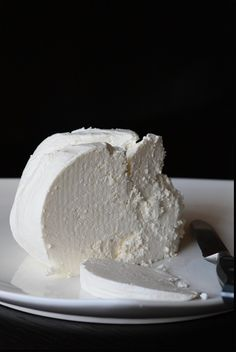 Make your own Homemade Fresh Cheese...with only two natural ingredients, no preservatives and no nasty junk they seem to put in everything these days. Get your doze of calcium, tastiest way possible!