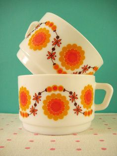 """""""Sunflower"""" Arcopal cups. Photo by Nana Odile on Flickr...retro kitchen love"""