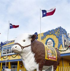 This cowboy town holds many Route 66 sites: the Big Texan Steak Ranch, the historic livestock auction and the San Jacinto District, which still has original Route 66 businesses. As for the Big Texan, this classic attraction opened in 1960. It moved to its current location when I-40 opened in 1971. The gimmick here is the 'free 72oz steak' offer – you have to eat this enormous portion plus a multitude of sides in under an hour, or you pay $72 for the meal. Less than 20% succeed.