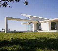 modern minimalist Family Villa