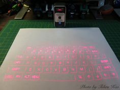 Customer Image Gallery for Celluon Magic Cube Laser Projection Keyboard and Touchpad