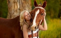 Western, horse senior picture idea.