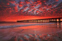 Ventura Pier Ventura, CA 93001 Photo by Doug Mangum www.mychanelislands.com