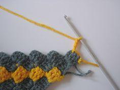 The Lazy Hobbyhopper: How to crochet diagonally - Crochet diagonal box stitch tutorial
