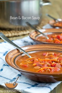 This Bean & Bacon Soup #recipe is made in just 15 minutes!