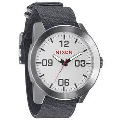 Nixon Corporal watch - white