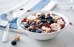 Breakfast rut no more! This Acai Breakfast Bowl will fill you up, and keep you full until lunchtime. Bonus: it's packed with antioxidants.