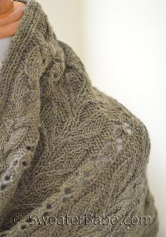 Garden Stroll Stole knitting pattern. A trio of stitch panels combine beautifully in this perfect fall accessory. #knitting #SweaterBabe.com