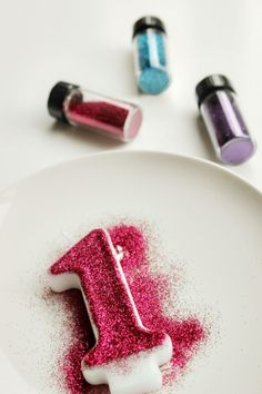 DIY edible glitter birthday candle