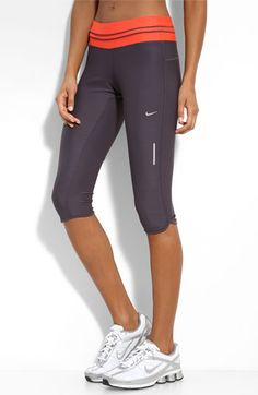 nike low rise crop capri